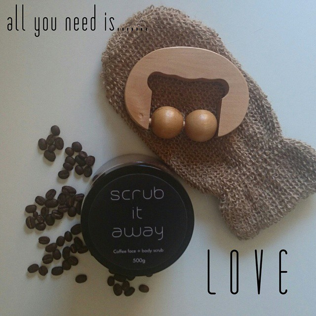 Agent Mystery Case | Scrub it Away face and body coffee scrub